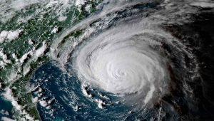 Este é o furacán Florence, que se potenciou debido ao cambio climático.