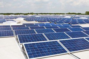 Photovoltaik_Dachanlage_Hannover_-_Schwarze_Heide_-_1_MW